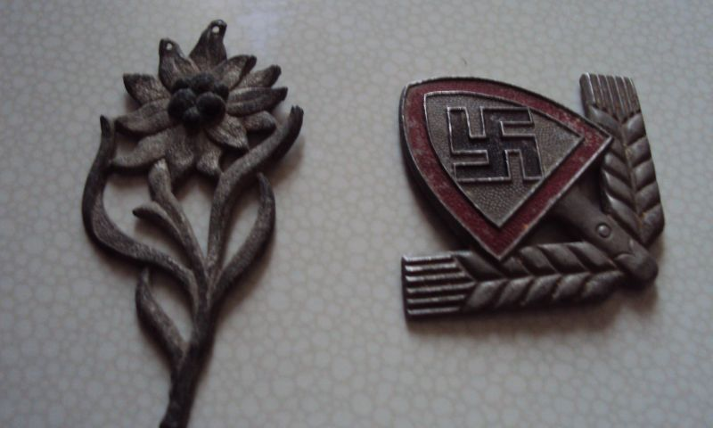 A collection of items of forcibly mobilized Slovenes into the German army